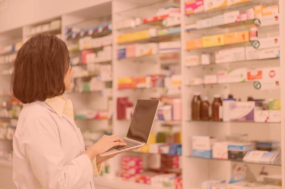 Ter ferramentas de análise de desempenho é essencial para administrar sua farmácia com eficiência. É possível traçar metas e corrigir de pontos negativos.