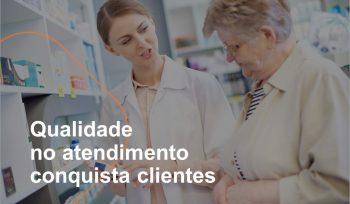 Ter qualidade no atendimento ao cliente é fundamental para conseguir vender mais, fidelizar os clientes da farmácia e melhorar os resultados da loja.