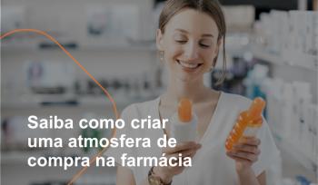 A atmosfera de compra de uma farmácia é formada por um conjunto de aspectos que ajudam a criar um ambiente agradável para o cliente. Tudo deve ser planejado, desde os materiais de comunicação, exposição de produtos até as cores e o tipo de atendimento.