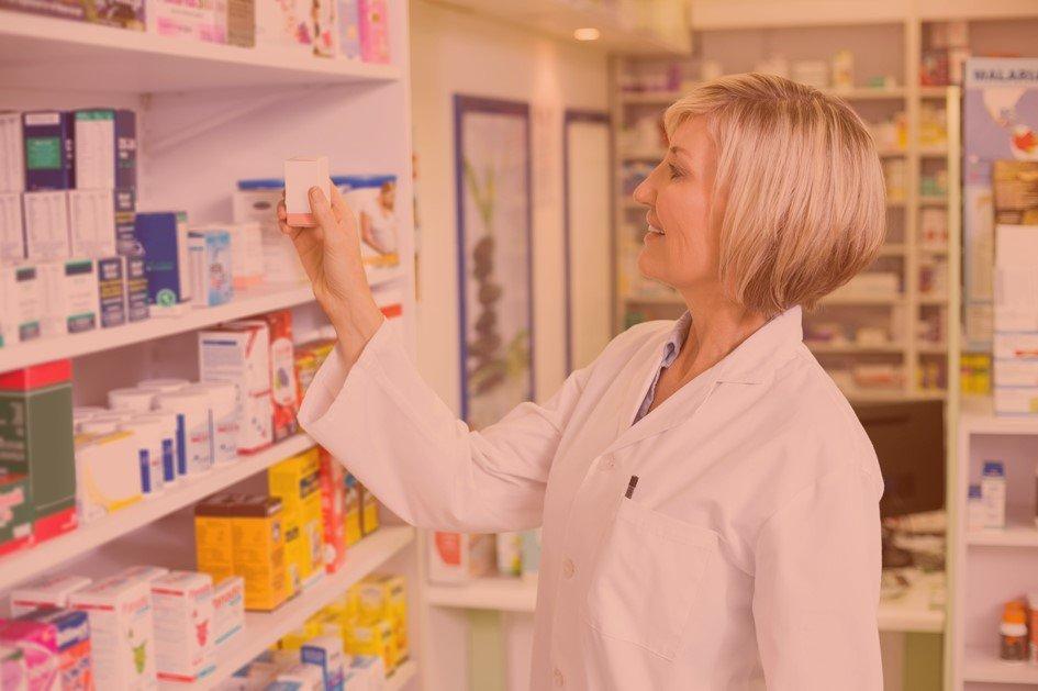 Os pontos quentes da farmácia são definidos pelo caminho do consumidor dentro da loja durante as compras. Ao observar como o cliente percorre as áreas da farmácia é possível planejar estratégias de trade marketing que possibilitem o aumento no volume de vendas.