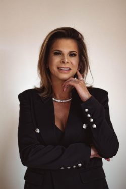 Ana Catarina Scholze de Souza, associada de Mafra, Santa Catarina.